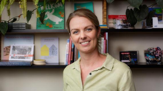 Annika Tjassens hoofd bedrijfsvoering Humanity House