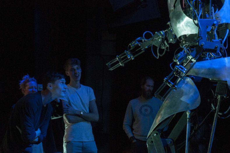 Kijk terug: Robotisering van oorlog 1