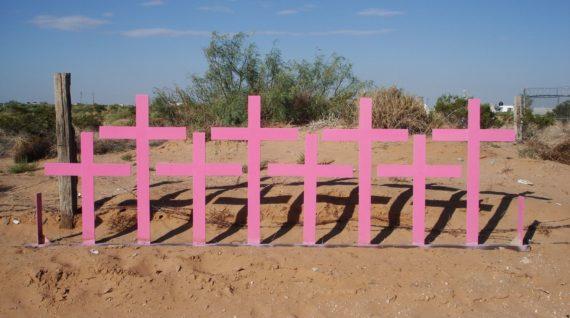 Femicide in Mexico roze kruizen