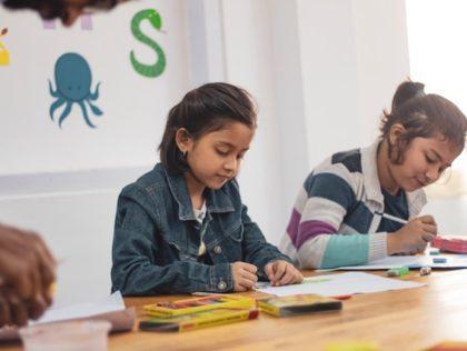 Vier de rechten van het kinderen Unicef