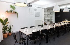 Wenen Zaal, een vergader en workshopruimte in centrum Den Haag in het Koetshuis van Humanity House.